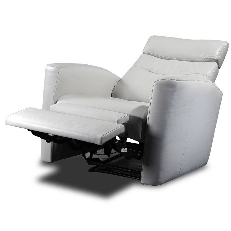 Merveilleux White Leather Recliner Fully Extended
