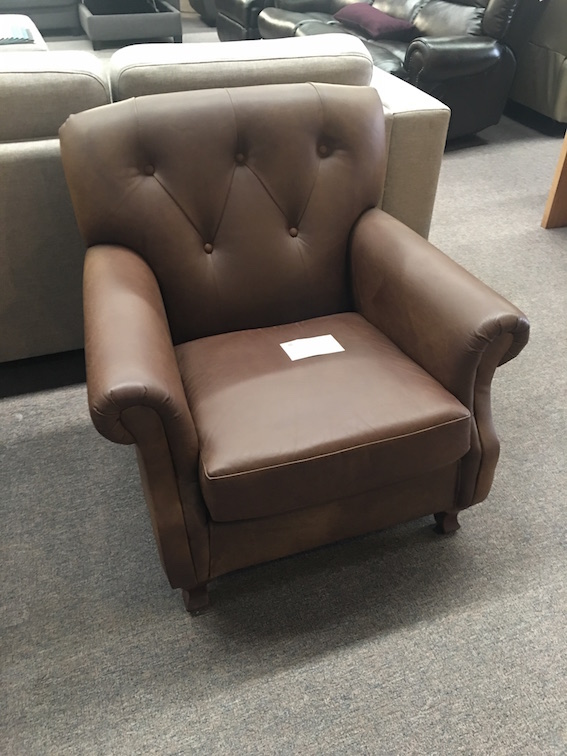EARL OCASSIONAL CHAIR CLEARANCE ITEM IN SEMI ANILINE BROWN LEATHER